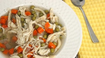 how to make chicken noodle soup in the crockpot