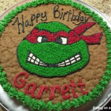 ninjat turtle cookie cake done