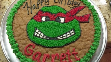 ninjat turtle cookie cake done