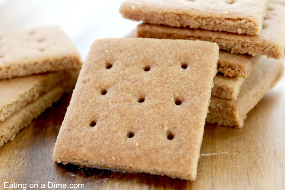 You have to try this fun homemade graham crackers recipe. They are fun ...
