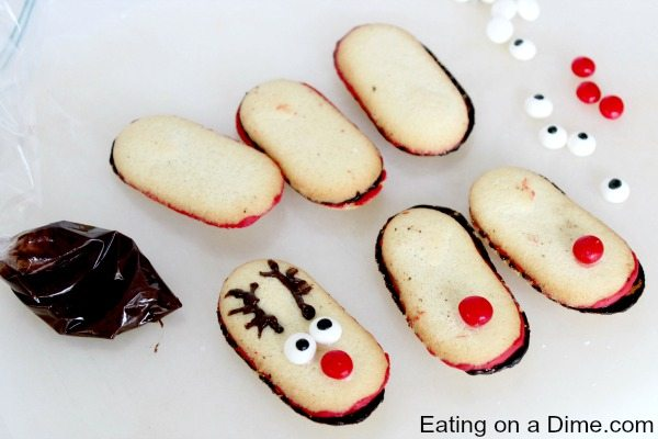 Adorable Reindeer Cookies Easy Christmas Cookies Eating On A Dime